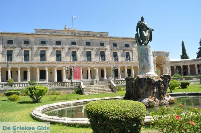 Paleis van St Michael en St George Corfu stad